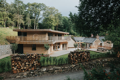 007-tom-raffield-grand-designs-house