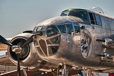 b-25 Photo Fanny in HDR