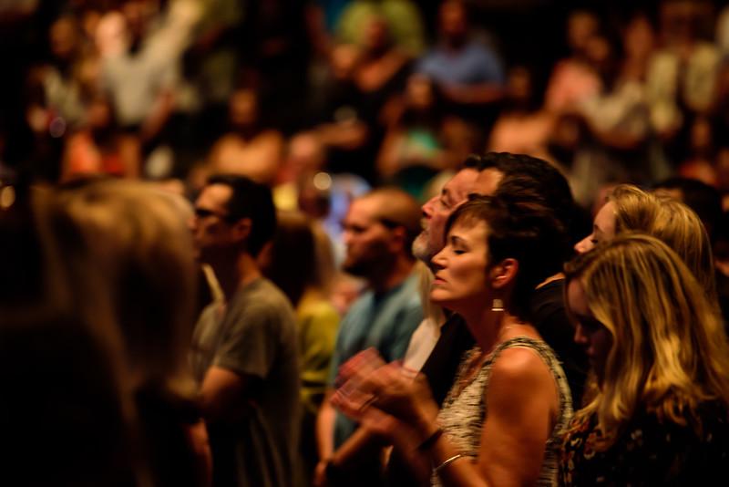 081316_BethelMusic_WorshipNight-21
