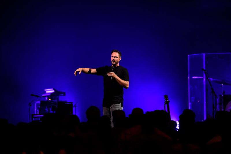 081316_BethelMusic_WorshipNight-43