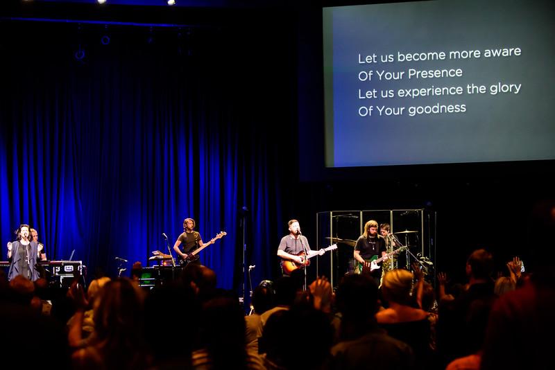 081316_BethelMusic_WorshipNight-28