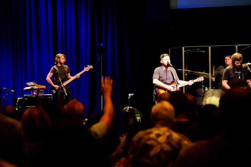 081316_BethelMusic_WorshipNight-29