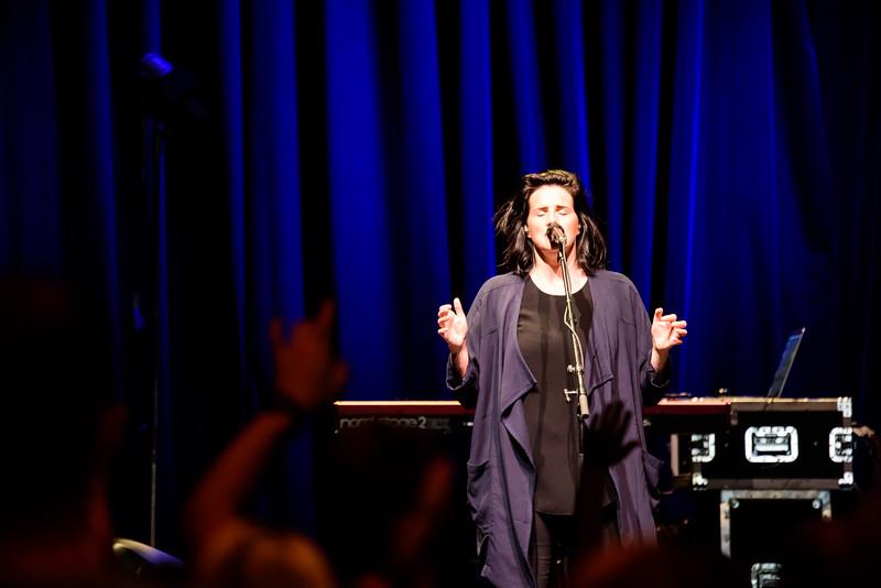081316_BethelMusic_WorshipNight-25