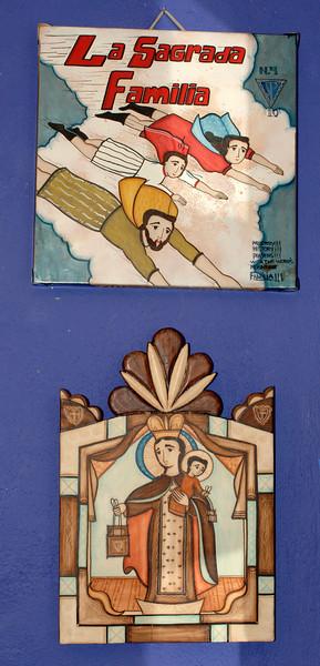 D2X_36270 artist Vicinte Telles top title La Sagrada Familia, bottom Nuestra Senora del Carmon