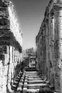 Column Trail  |  2011  Hierapolis ruins  |  Pamukkale, Turkey