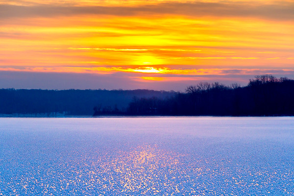 Sunrise Across The Frozen Waters Of Kiser Lake State Park In Champaign County Ohio 1-7-2017