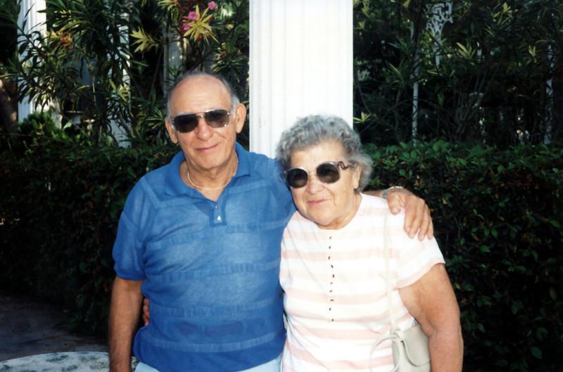 Uncle Joe & Aunt Marie - Kapoke Tree - 1991