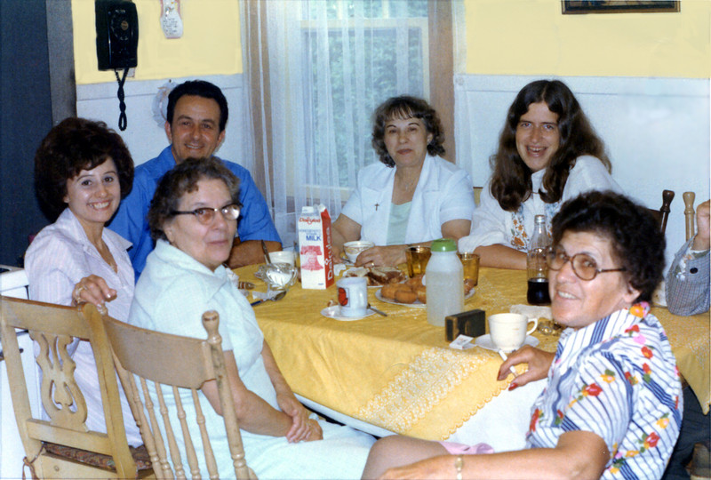 1975 - Aunt Marie, Grandma, Mary, Cosmo, Aunt Marion & Penny.