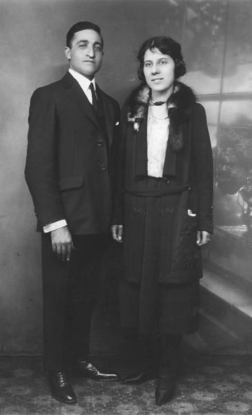 Carmine (Tom) & Eleanor Stanziale Wedding Photograph, Sept. 22, 1922.