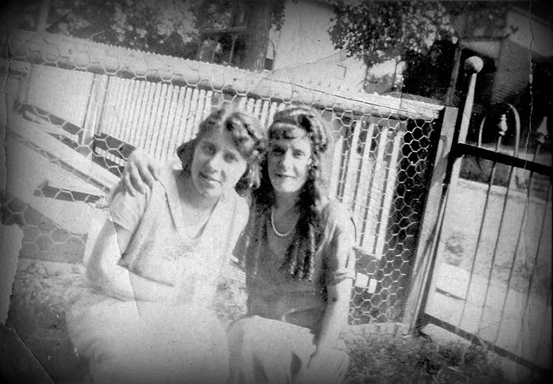 Eleanor & Lena Champi - 1921