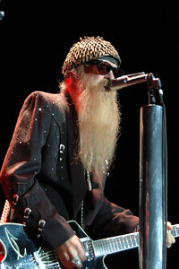 23 Septembert 2004; San Diego, California; ZZ Top at Viejas Concerts in the Park