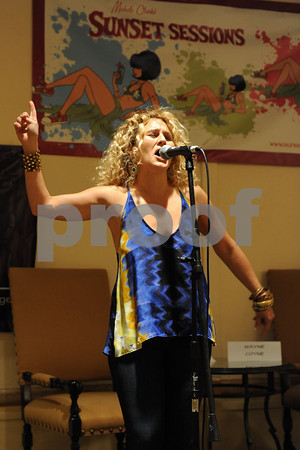 Sunset Sessions 2012 - Arielle Verinis