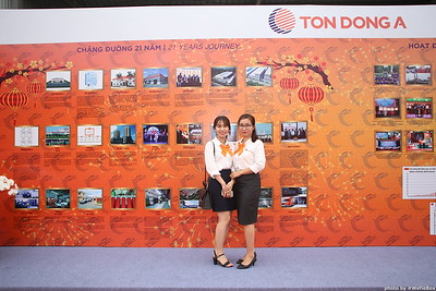 Ton-Dong-A-Year-End-Party-Photobooth-in-Binh-Duong-Chup-hinh-in-hinh-lay-lien-Tiec-tat-nien-tai-Binh-Duong-WefieBox-photobooth-vietnam-013