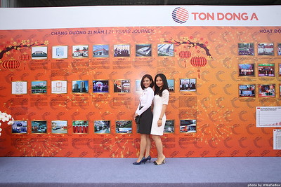 Ton-Dong-A-Year-End-Party-Photobooth-in-Binh-Duong-Chup-hinh-in-hinh-lay-lien-Tiec-tat-nien-tai-Binh-Duong-WefieBox-photobooth-vietnam-027