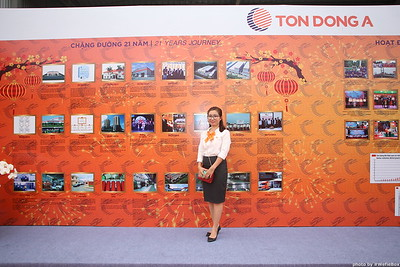 Ton-Dong-A-Year-End-Party-Photobooth-in-Binh-Duong-Chup-hinh-in-hinh-lay-lien-Tiec-tat-nien-tai-Binh-Duong-WefieBox-photobooth-vietnam-014