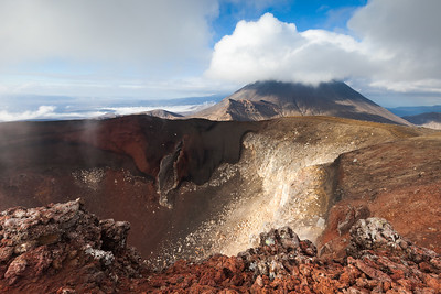 Red Crater and Mount Ngauruhoe. Tongariro Alpine Crossing, Tongariro National Park, Central North Island