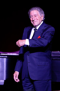 Tony Bennett  live at The Fox Theatre in  Detroit on 8-12-16.  Photo credit: Ken Settle