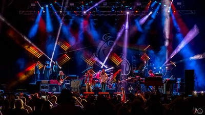 """August 23, 2018  The Avett Brothers joined Gov't Mule to sing """"Time."""" Photo by Tony Vasquez for Jams Plus Media."""
