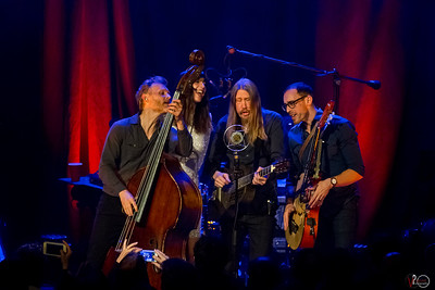April 19, 2018 MOKB Presents The Wood Brothers with Nicki Bluhm at The Vogue Theatre in Indianapolis, Indiana. Photo by Tony Vasquez.