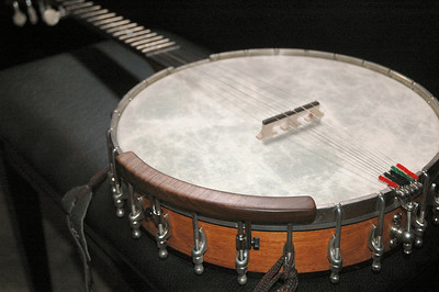 Ome Juniper Openback Banjo  fitted with Banjomate Thinline Armrest  from Little Mountain Music