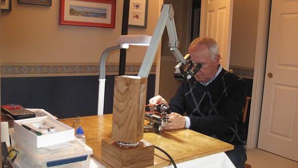 This shot shows how comfortable a position one can assume with scopes like this - no hunching over to get within a couple of inches of the lathe!