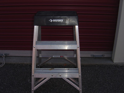Small step ladder which is much safer than using a bucket.