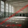 Verfallene Turnhalle in einer verlassenen sowjetischen Kaserne