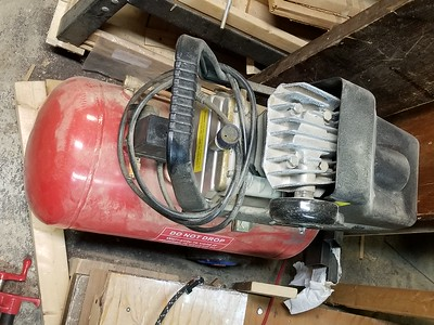 10gal Air compressor. Unknown if it works. There is an alternate small air compressor that is available too.