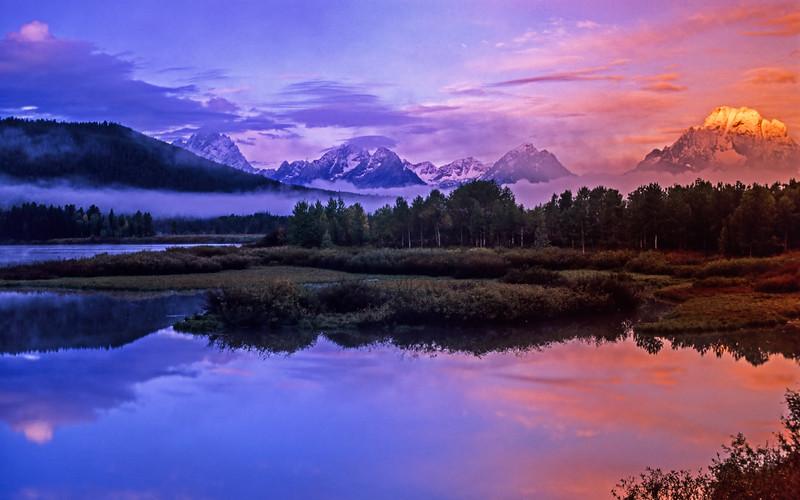 Sunrise, Oxbow Bend, Grand Teton National Park, USA. Pre digital, Nikon N90 and Velvia.