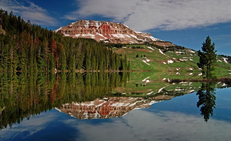 Beartooth Butte & Beartooth Lake on Beartooth Pass, Montana # 163-028