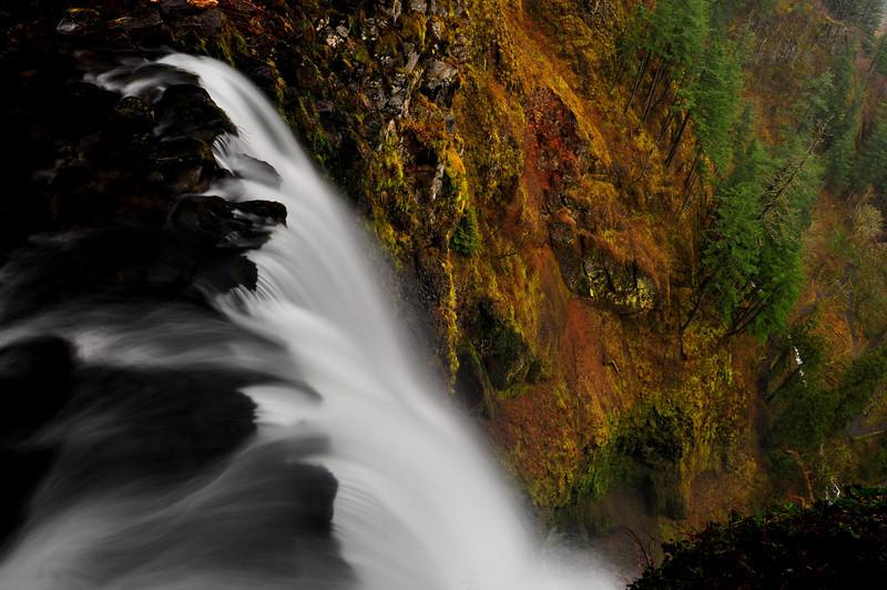 Brink of Multnomah Falls  # 47-123