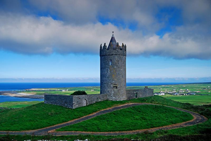 Doonagore Castle, Doolin, Ireland # 183-83