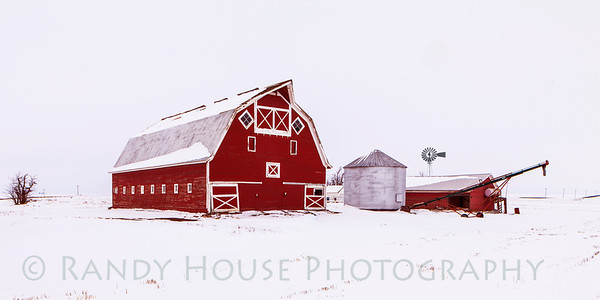 Big Red Barn (1)