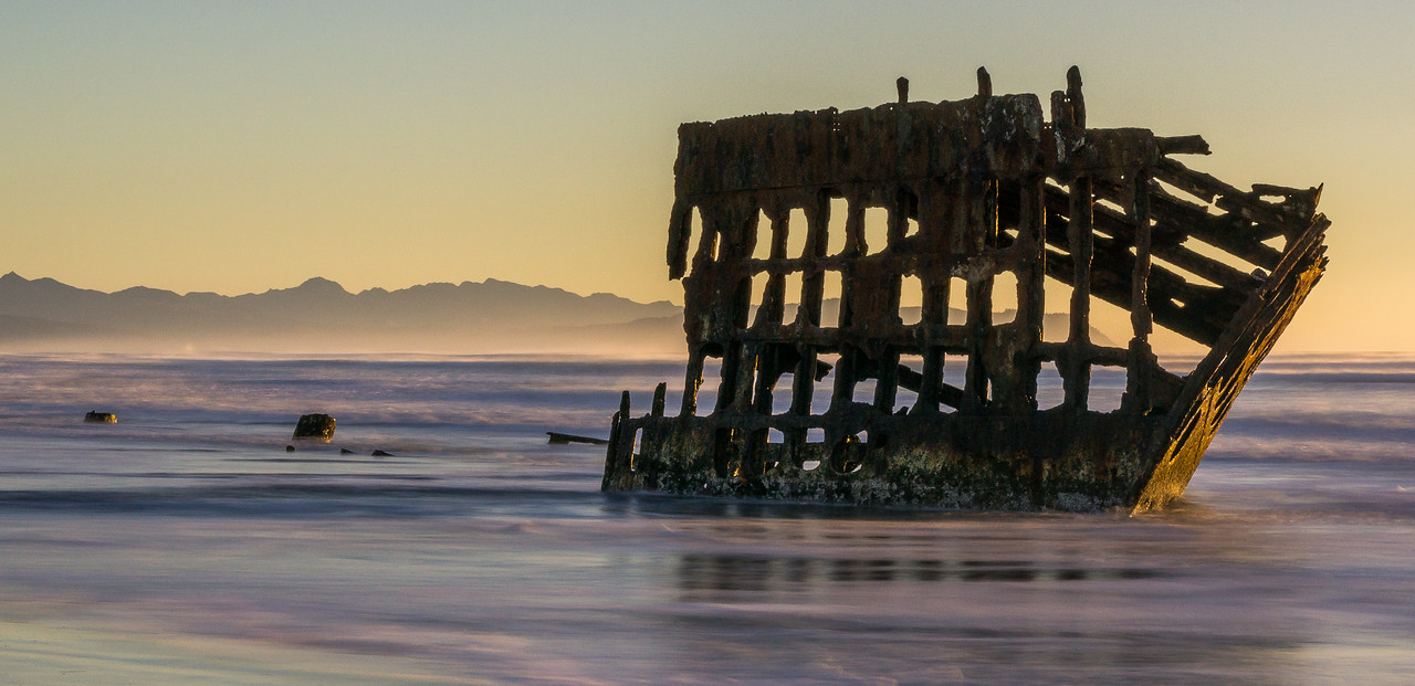 Peter Iredale at day's end