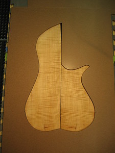 Curly Maple 1-002