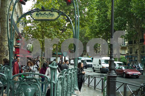 Paris Metro Signage Paris Metro at Saint Michel