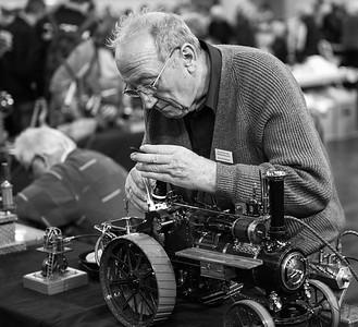 Viele hundert Stunden werden benötigt, um aus dem Nichts eine massstabsgetreue Nachbildung eines dampfmaschinenbetriebenen Traktors zu erschaffen.