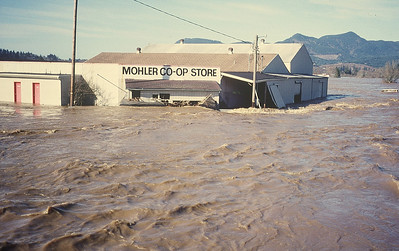 The flood of February 1996 covered the valley surrounding the Mohler store.