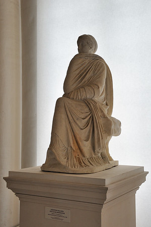 Roman marble statue (1st-2nd c. AD)