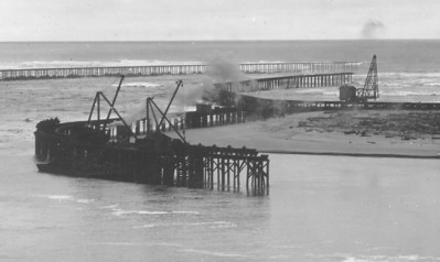 Work on the north jetty began in 1914.