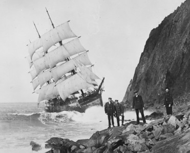 It was a calm, fall day. By the time the crew got off the ship, local photographer Ward Mayer was on the scene.