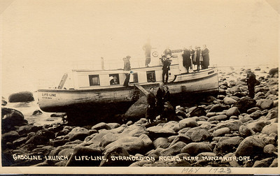 In 1923, the Lifeline ran ashore on the Manzanita beach. The ship was based in Coos Bay and belonged to the Baptist Missionary Society.