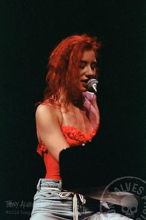 Tori-Amos-1992-09-02_09