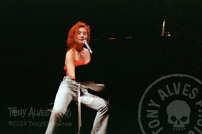 Tori-Amos-1992-09-02_07