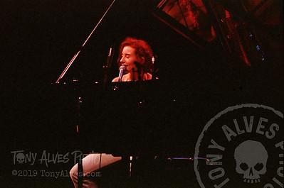 Tori-Amos-1992-09-02_10