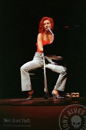 Tori-Amos-1992-09-02_06