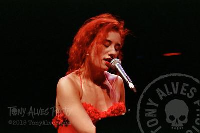 Tori-Amos-1992-09-02_23