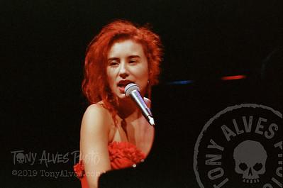 Tori-Amos-1992-09-02_18