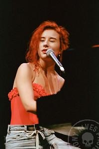 Tori-Amos-1992-09-02_03