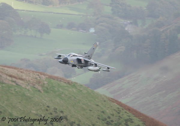 ZA370/'004' (31 SQN marks) Tornado GR.4A - 26th October 2006.